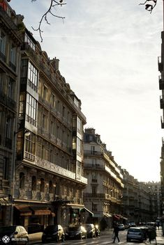 The streets of Paris in milky morning light Paris France Travel, Paris Travel Guide, Paris Street, Street View, Hotel Des Invalides, Paris Photos, Tour Eiffel, Winter Travel, Historical Sites