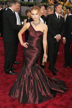 Keira brings the drama in custom Vera Wang at the 78th Annual Academy Awards