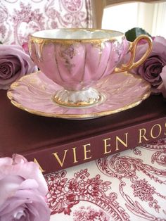 …beautiful hand painted tea cup…made in Japan…circa 1930's…lovely lavender/pink with gold trim…scalloped lustreware…in perfect condition……Free shipping in the United States…for international shipping please contact The Painted Chateau...