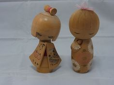 https://www.ebay.fr/itm/Japanese-Vintage-Kokeshi-k-005-cute-sisters/183126170739?hash=item2aa32b9c73:g:L9sAAOSwqfNXiw34