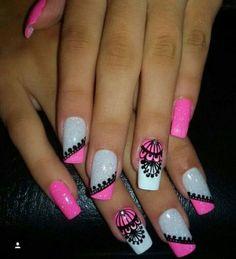 Uñas decoradas con atrapasueños Cute Nail Art, Cute Nails, Pretty Nails, Fabulous Nails, Gorgeous Nails, Nail Manicure, Diy Nails, Mandala Nails, Hot Pink Nails
