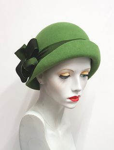Your place to buy and sell all things handmade 1920s Hats, Custom Made Hats, Head Coverings, Stylish Hats, Cloche Hats, Love Hat, Kinds Of Clothes, Hat Hairstyles, Green Wool
