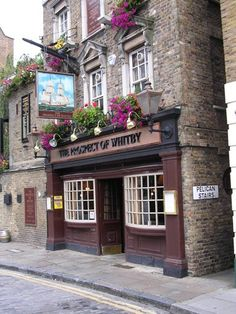 The Prospect of Whitby - oldest riverside pub in London