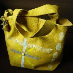 square tote yellow