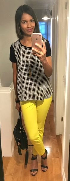 never thought i'd be wearing these bright yellow #bananarepublic pants in september! #br