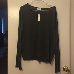 Oversized olive jersey knit boyfriend tee NWT! Price firm unless bundled! Very soft and comfortable with cute little V stitching at neckline!  Old Navy Tops Tees - Long Sleeve