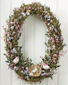 Oval Bird Wreath for welcoming springtime perfect for Your Easter party decorations. What a beautiful Easter wreath Wreath Crafts, Diy Wreath, Door Wreaths, Easter Wreaths, Holiday Wreaths, Summer Wreath, Spring Wreaths, Decoration, Egg Shape