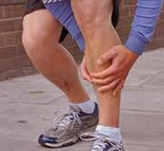 11 Home Remedies for Shin Splints-If you're an active individual or routinely play a sport, you face an increased chance of experiencing this type of injury.  To assist the healing process and enjoy instant relief, consider home remedies for shin splints #splint #remedies
