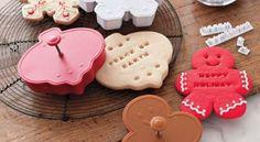 Taglia-biscotti in plastica o in metallo?