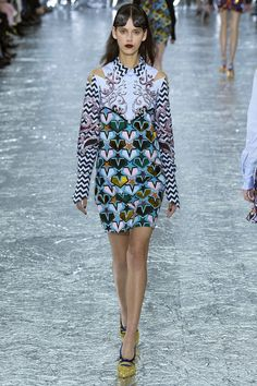 Mary Katrantzou Fall 2016 Ready-to-Wear Fashion Show  http://www.theclosetfeminist.ca/   http://www.vogue.com/fashion-shows/fall-2016-ready-to-wear/mary-katrantzou/slideshow/collection#24