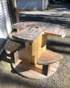 Wooden Spool Projects, Wood Shop Projects, Wooden Spools, Woodworking Projects Diy, Wire Spool, Wood Spool Tables, Cable Spool Tables, Cable Spool Ideas, Shooting Bench Plans