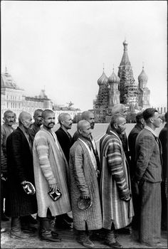 Henri Cartier-Bresson - Moscow. 1954. Red Square. People in line to visit Lenin's Mausoleum.