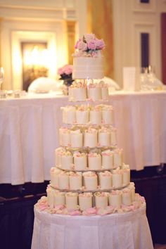 Cake: Deliberately Delicious | Photography: Casey Jane