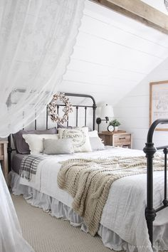 fall bedroom decor. fall bedroom + into home tour decor