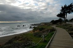 Moonstone Beach, Cambria, CA Places In California, Central California, California Coast, Moonstone Beach, Beauty First, Trinidad, The Good Place, Things To Do, Explore