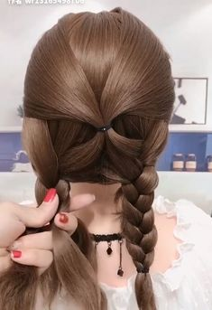 Coiffure pour cheveux doux et bouclés - beautiful hair styles for wedding Daily Hairstyles, Braided Hairstyles, Short Hairstyles For Kids, Simple Hairstyles For Medium Hair, Interview Hairstyles, Easy Vintage Hairstyles, Wedding Hairstyles, 1950s Hairstyles, Office Hairstyles