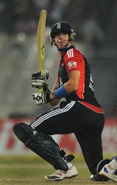 England batsman Kevin Pietersen has retired from all international limited overs cricket with immediate effect, the England and Wales Cricket Board announced on Thursday. Pietersen will, however, remain available for selection in Test matches. Cricket Bat, Cricket News, Sporting Event Tickets, Adam Gilchrist, Kevin Pietersen, Cricket Wallpapers, Sports Personality, Play N Go, Sports Headlines