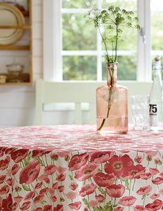 Textilwachstuch Leinenlook mit roten Blu