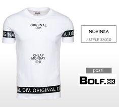 Jednoduché tričko v bielej farbe. :)