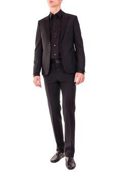 Интернет-магазин Elyts предлагает купить черный полуприталенный костюм ALEXANDER McQUEEN по цене 79331 рублей. При покупке товара на сумму свыше 30 000 рублей – доставка бесплатна. Звоните 8 (800) 200-1691. Артикул 372121QEU68.