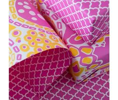 Colorful Double-Sided Wrap.... just love this color combo for a spread!  Tangerine, white and pink!