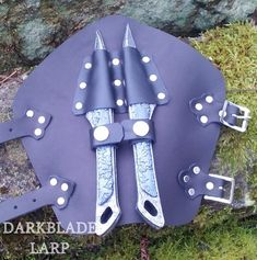"11"" Silver Fire Blade Dual Fantasy Dragon Sword Daggers Knife With Stand New Collectibles"