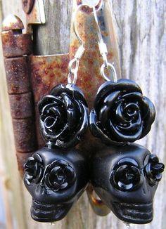 Sugar Skull Day of the Dead earrings gothic Jewelry black rose black skulls NEW!
