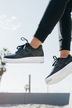 new style 07b4a 88771 The lightweight Nike Air Force 1 Flyknit Low has