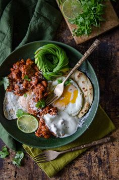 Huevos Rancheros (Rancher's Eggs) Recipe | Chew Town Food Blog