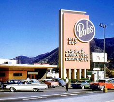 The oldest remaining Bob's Big Boy location W Riverside Drive, Burbank, CA Declared a historical landmark by the state of California in Burbank California, California History, Vintage California, Southern California, California Travel, Old Photos, Vintage Photos, Vintage Signs, Vintage Menu