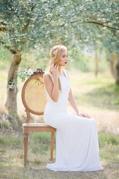 Get some pin-worthy inspirations from this romantic boho chic wedding shoots taken in an olive plantation. on http://www.bridestory.com/blog/steal-the-look-boho-chic-wedding-in-an-olive-orchard