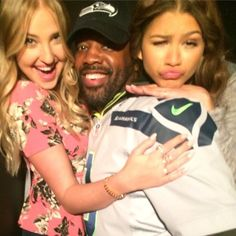 tanaroller: director hardison  with his actors zendaya veronica_dunne…