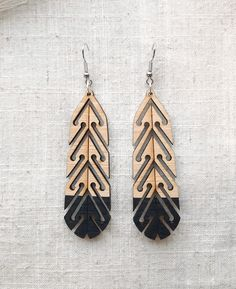 Laser Cutter Projects, Maori Designs, Laser Cut Jewelry, Carving Designs, Feather Design, Wood Earrings, Gothic Jewelry, Wooden Jewelry, Designer Earrings