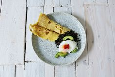 Malaysian net pancakes make a brilliant breakfast, or snack for those chutneys you've got left over from Christmas! Healthy Eating Recipes, Diet Recipes, Healthy Snacks, No Sugar Diet, No Sugar Foods, Low Sugar Recipes, Chutneys, Easy Snacks, Pancakes