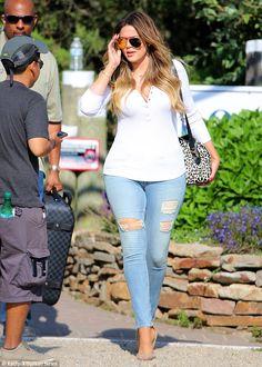 Khloe Kardashian - Page 41 - the Fashion Spot