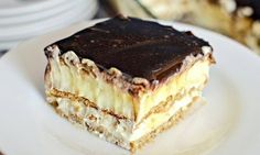 You only need a handful of ingredients to make this No Bake Chocolate Eclair Cake. You'll love the Home Made Chocolate Eclairs and Bee Stings too! My Recipes, Sweet Recipes, Cooking Recipes, Favorite Recipes, Simple Recipes, No Bake Desserts, Easy Desserts, Dessert Recipes, Bon Dessert