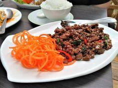 Rindfleisch mit Chili & Thaibasilikum