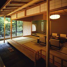懐石 海石榴  http://web.travel.rakuten.co.jp/platinum/pltnm/hotel/67086/index.html