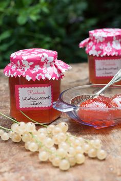 Whitecurrant jam is sweet and delicious with a pretty peachy colour. Ideal to make when you have a crop of white currants to use.