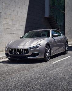Maserati Ghibli, Luxury Cars, Luxury Homes, Luxurious Homes, Ecuador, Porsche, Audi, Exotic Cars, Sport Cars
