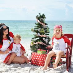 Perfect Family Christmas tees - Little Beans co