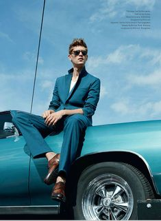 Milan Vukmirovic photographs fast cars and sharp suits for the April 2013 issue of Details magazine featuring Danish model Mathias Lauridsen, styled by Matthew Marden. Milan Vukmirovic, Moda Men, Car Poses, Mens Photoshoot Poses, Male Models Poses, Korean Boy, Photography Poses For Men, Men Fashion Photography, Girl Photography