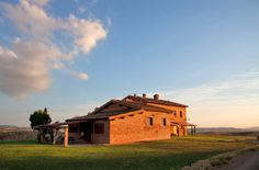 San Giovanni in Poggio:Siena Farmhouse:Apartments near Pienza,Valdorcia,Tuscany