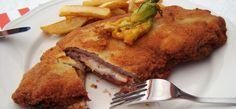 Los uruguayos, y los rioplatenses en general, no son ya los únicos en considerar a las milanesas como un plato del que no pueden prescindir