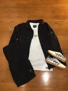 """Blog #RivendelMadrid @marshallartist_ Outfit"""" 🔸#cazadora #jacket #marshallartist 🔸#camiseta #tee #marshallartist 🔸#bermudas #shorts #marshallartist 🔸#zapatillas #footwear #adidasoriginals  #guardarropa #wardrobe #madrid  http://www.rivendelmadrid.es/blog/"""