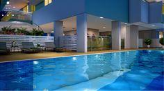 A área da piscina é a queridinha de todos! Ótimo para levar a criançada, relaxar e aproveitar o sol, é um espaço aconchegante e reservado, que traz o clube para dentro de casa.