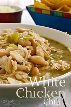 This Slow Cooker White Chicken Chili Recipe is the perfect Crock-Pot Recipe for Fall and Winter. Easy to Make and Keto Friendly! Chili Recipes, Crockpot Recipes, Soup Recipes, Dinner Recipes, Cooking Recipes, Cooking Chili, Chili Food, Cooking Pasta, Cooking Pork
