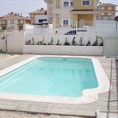 Ambientado en un estilo clásico, esta piscina esta diseñada para los amantes de lo tradicional.