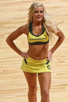 40 Most Amazing College Basketball Cheerleaders of 2013-14