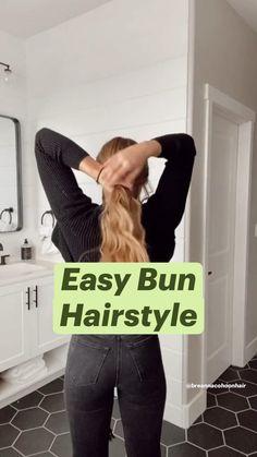 Bun Hairstyles For Long Hair, Summer Hairstyles, Hair Up Styles, Medium Hair Styles, Pinterest Hair, Hair Affair, Hair Makeup, Makeup Hairstyle, Hair Highlights